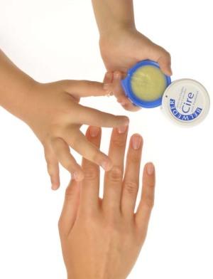 Воск для ногтей и кутикулы Belweder